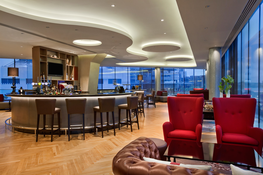 London Hilton Wembley, Icons Bar
